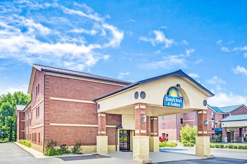 Great Place to stay Days Inn & Suites by Wyndham Jeffersonville IN near Jeffersonville