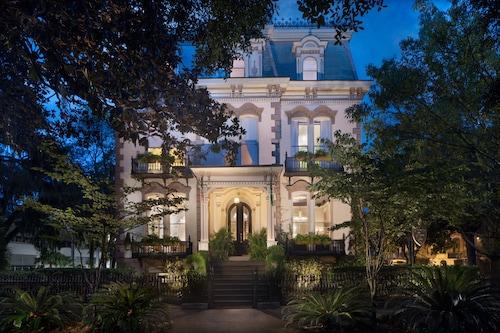 Great Place to stay Hamilton-Turner Inn near Savannah