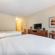 Holiday Inn Express & Suites Lagrange I-85