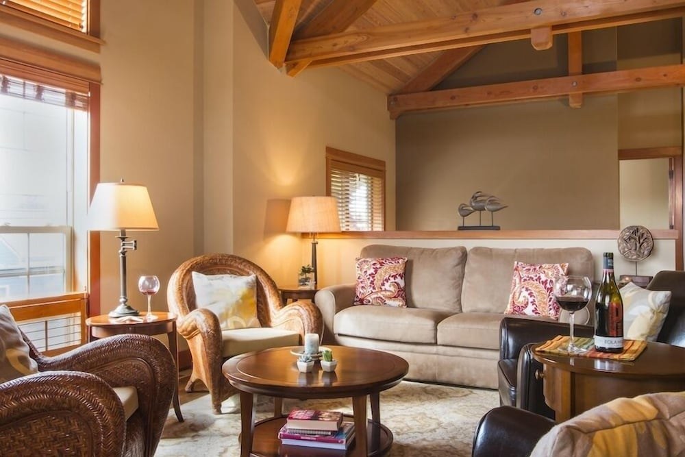 Living Room, Lodges At Cannon Beach