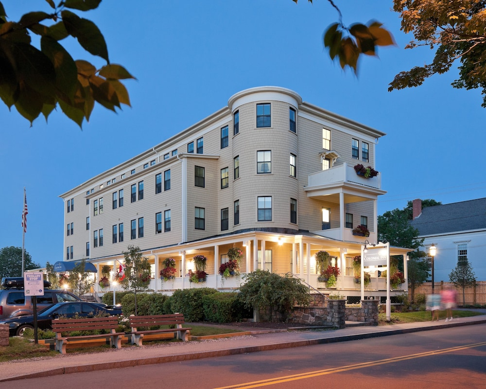 the colonial inn in ogunquit wells hotel rates. Black Bedroom Furniture Sets. Home Design Ideas