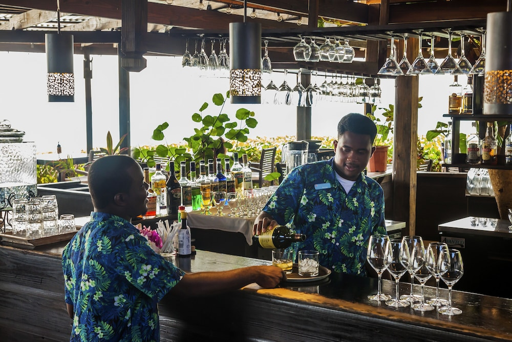 Bar, Keyonna Beach Resort All Inclusive - Couples Only