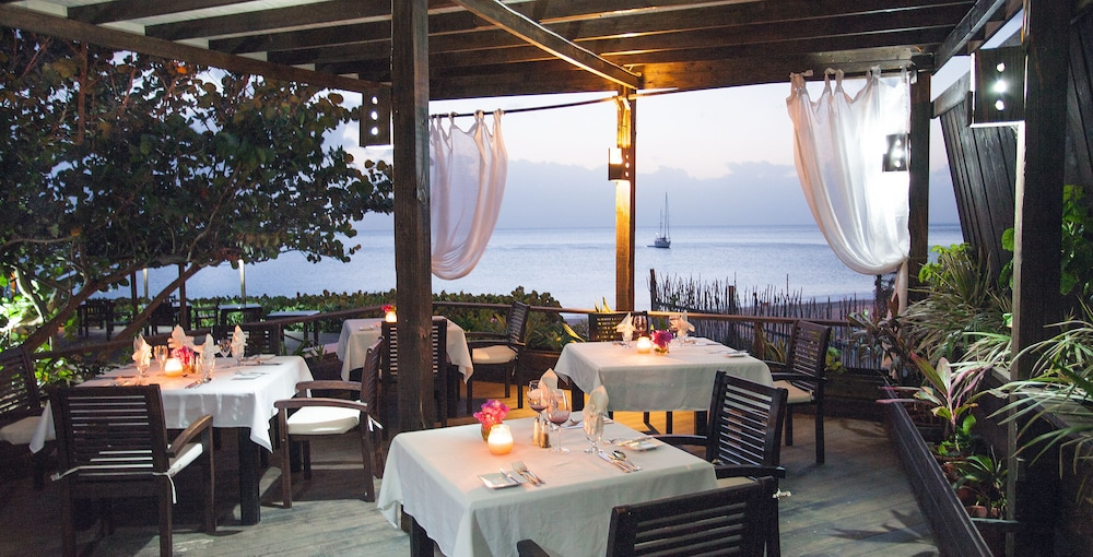 Outdoor Dining, Keyonna Beach Resort All Inclusive - Couples Only
