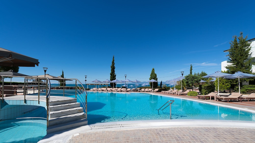Outdoor Pool, Poseidon Palace