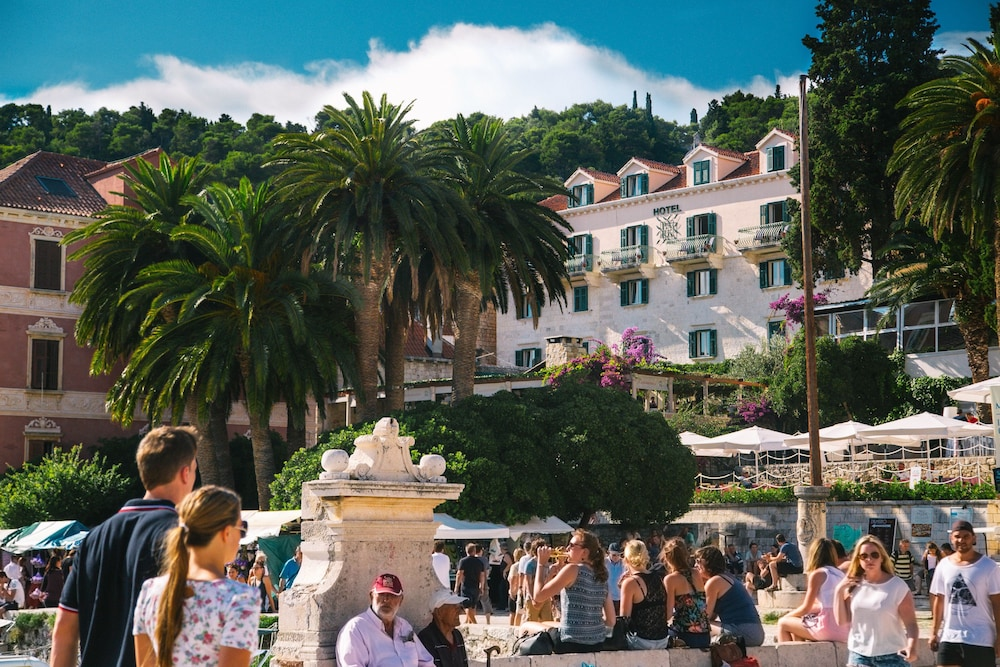 Featured Image, Hotel Park Hvar