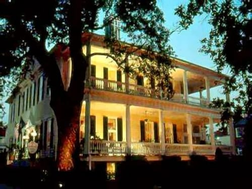 Great Place to stay The Governor's House Inn near Charleston