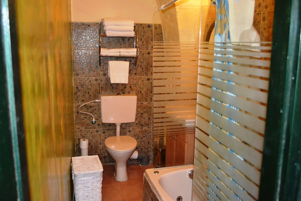 Bathroom, Palacio Domain Safed Luxury Boutique Hotel