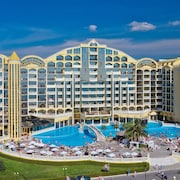 Victoria Palace Beach Hotel – All Inclusive