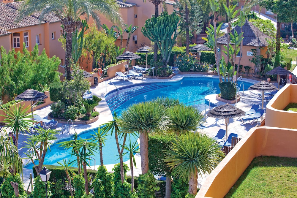 Muthu grangefield oasis club m laga province espagne for Oasis piscine macon