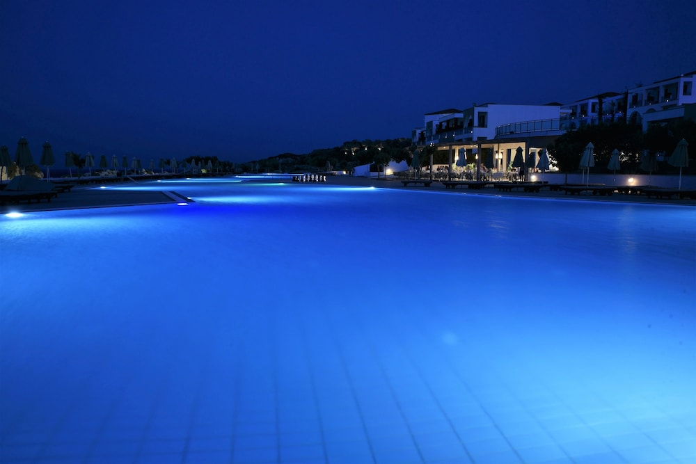 Outdoor Pool, Kresten Royal Euphoria Resort