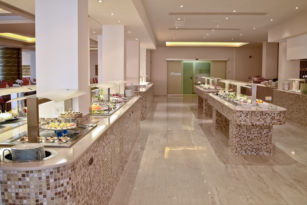 Buffet, Kresten Royal Euphoria Resort