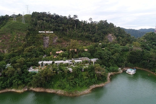 Belum Rainforest Resort