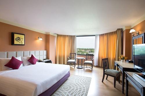 彭世洛帝国酒店及会议中心