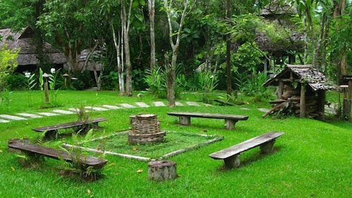 Property Grounds, Fern Resort