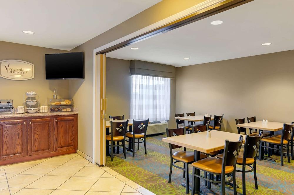 Sleep Inn & Suites Idaho Falls in Idaho Falls | Hotel Rates & Reviews on  Orbitz