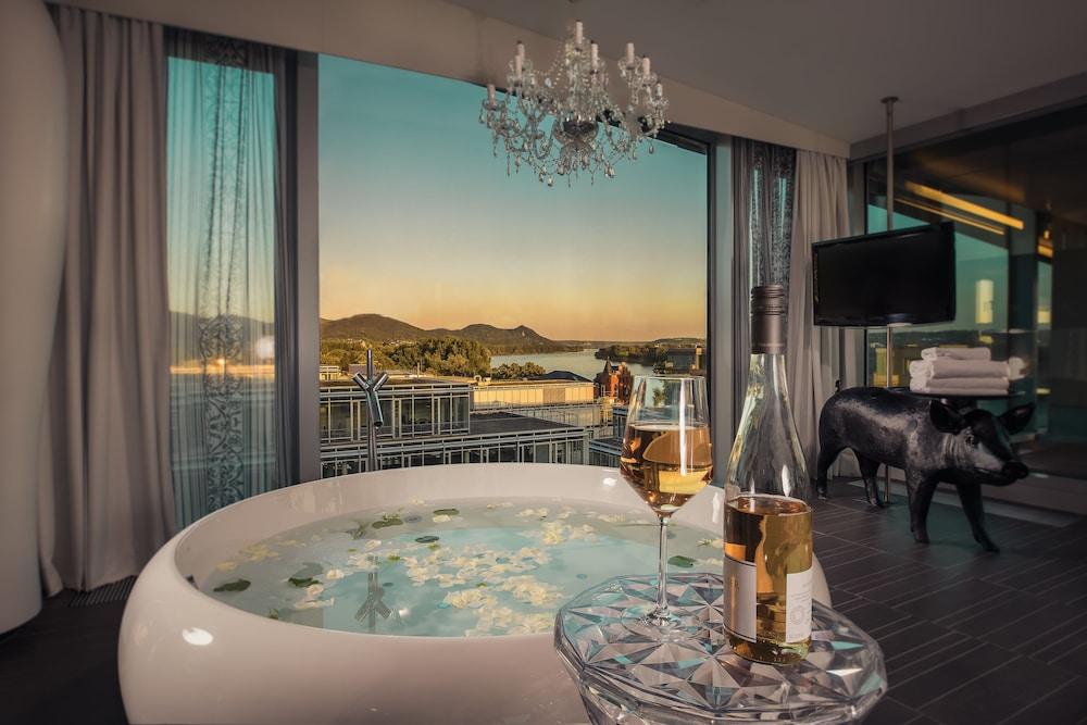 kameha grand bonn reviews photos rates. Black Bedroom Furniture Sets. Home Design Ideas