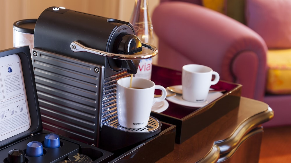 Coffee and/or Coffee Maker, Relais & Châteaux Hotel Bülow Palais