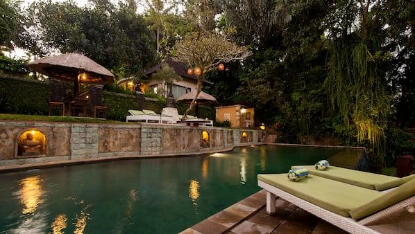 5 個室外泳池