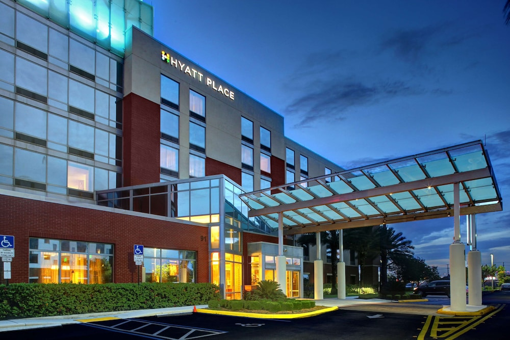 Exterior, Hyatt Place Ft. Lauderdale Airport & Cruise Port