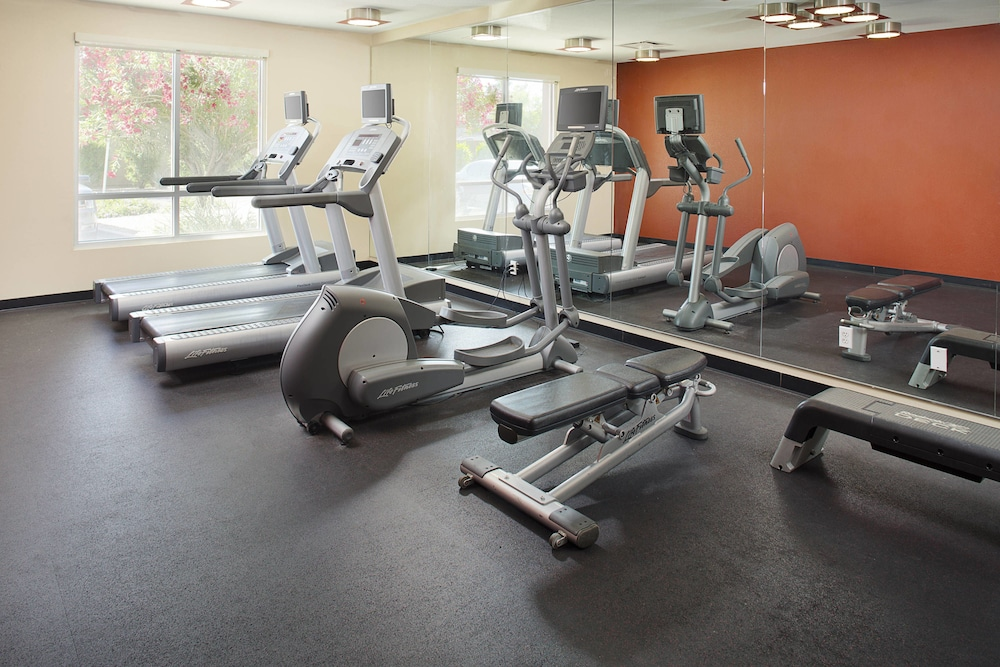Fitness Facility, TownePlace Suites by Marriott Goodyear