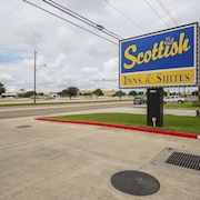Scottish Inn & Suites Baytown