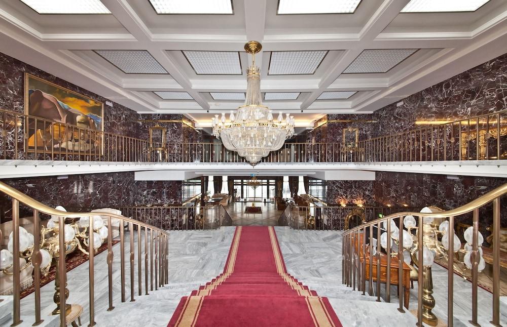 Novum hotel unique dortmund hauptbahnhof 2019 room prices for Dortmund bahnhof hotel