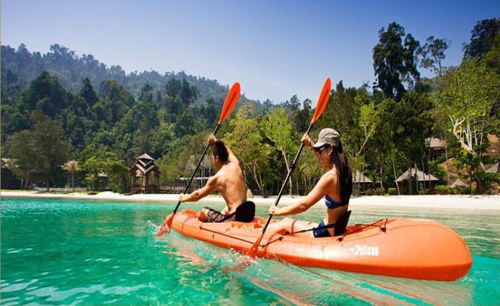 Rowing, Bunga Raya Island Resort & Spa