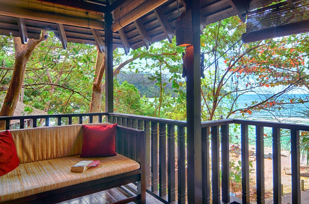 Balcony View, Bunga Raya Island Resort & Spa
