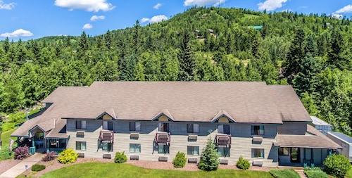 Great Place to stay The Mountain Inn at Lutsen near Lutsen
