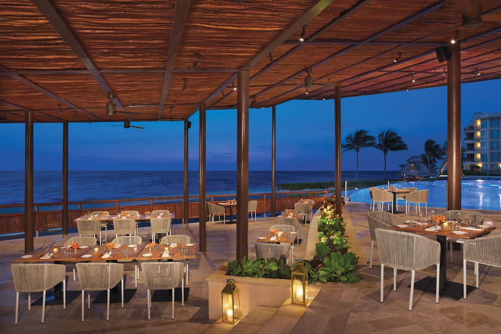 Dining, Dreams Riviera Cancun Resort & Spa