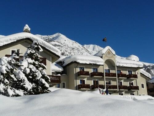 Hotel De La Tour Cogne