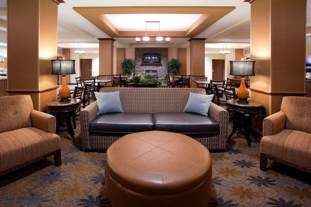 Lobby, Holiday Inn Express Hotel & Suites LAMAR, an IHG Hotel