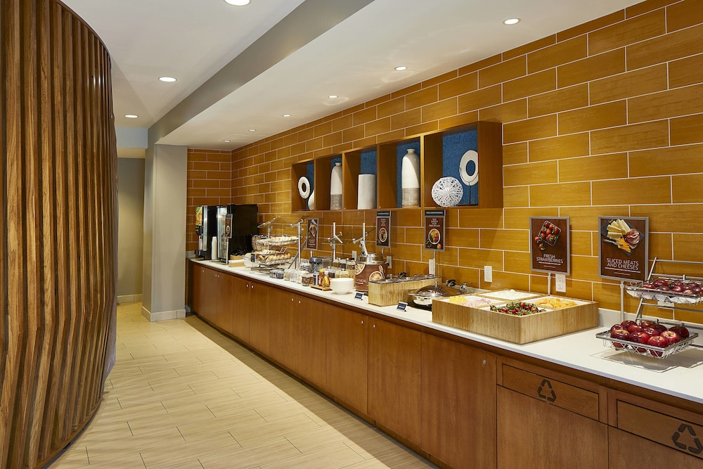 Breakfast Area, SpringHill Suites by Marriott Atlanta Airport Gateway