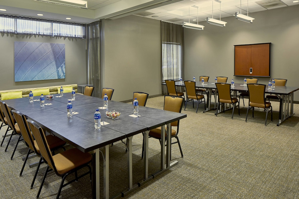 Meeting Facility, SpringHill Suites by Marriott Atlanta Airport Gateway