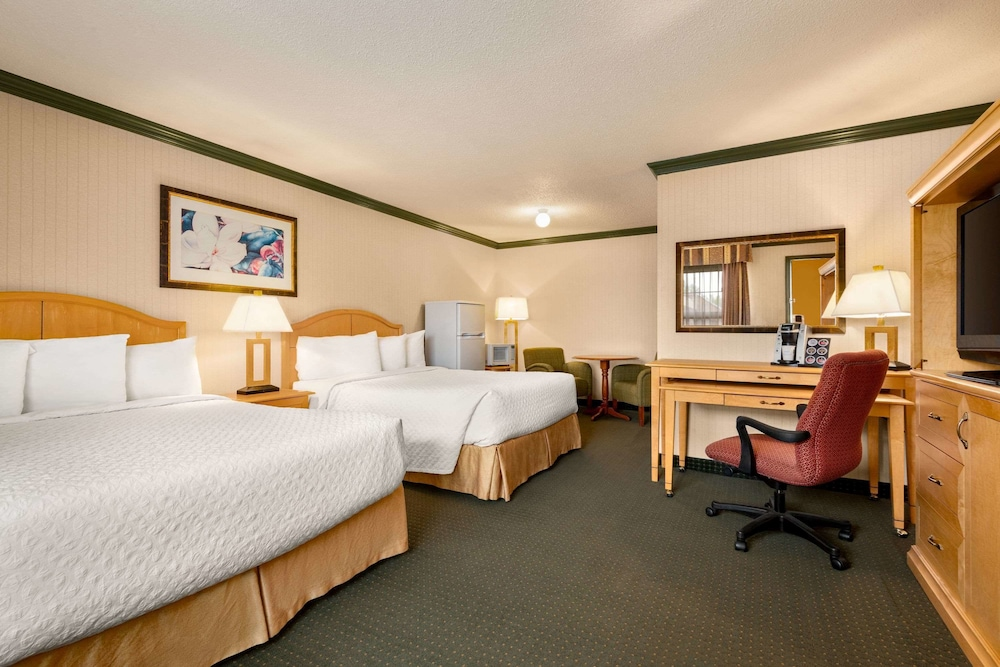 Featured Image, Travelodge by Wyndham Dawson Creek