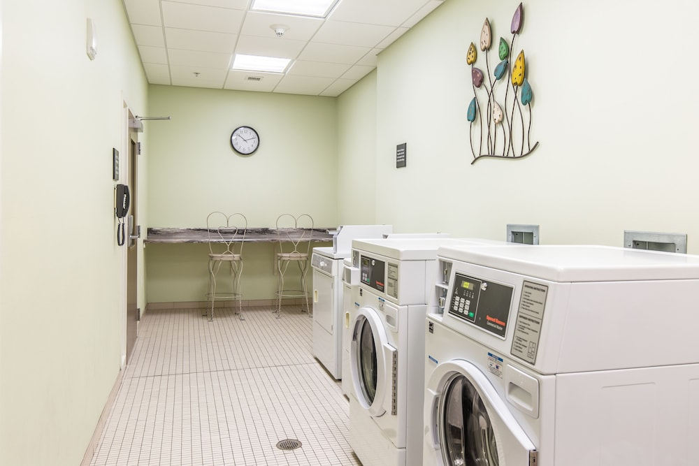 Laundry Room, Hampton Inn & Suites Orange Beach/Gulf Front
