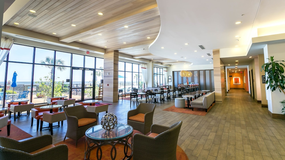 Lobby Lounge, Hampton Inn & Suites Orange Beach/Gulf Front