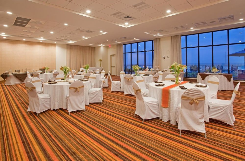 Banquet Hall, Hampton Inn & Suites Orange Beach/Gulf Front