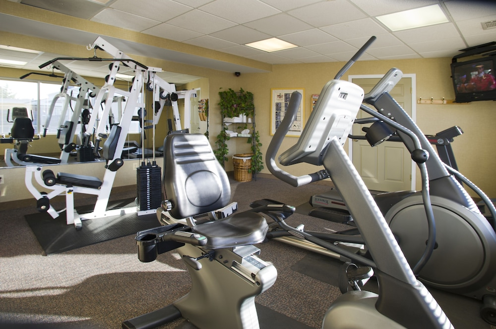 Fitness Facility, Carlton Inn Midway