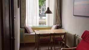 Pillowtop-Betten, individuell eingerichtet, Bügeleisen/Bügelbrett