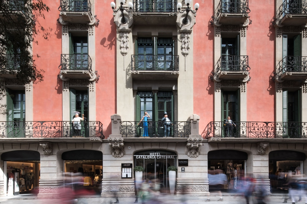 Front of Property, Catalonia Catedral Hotel
