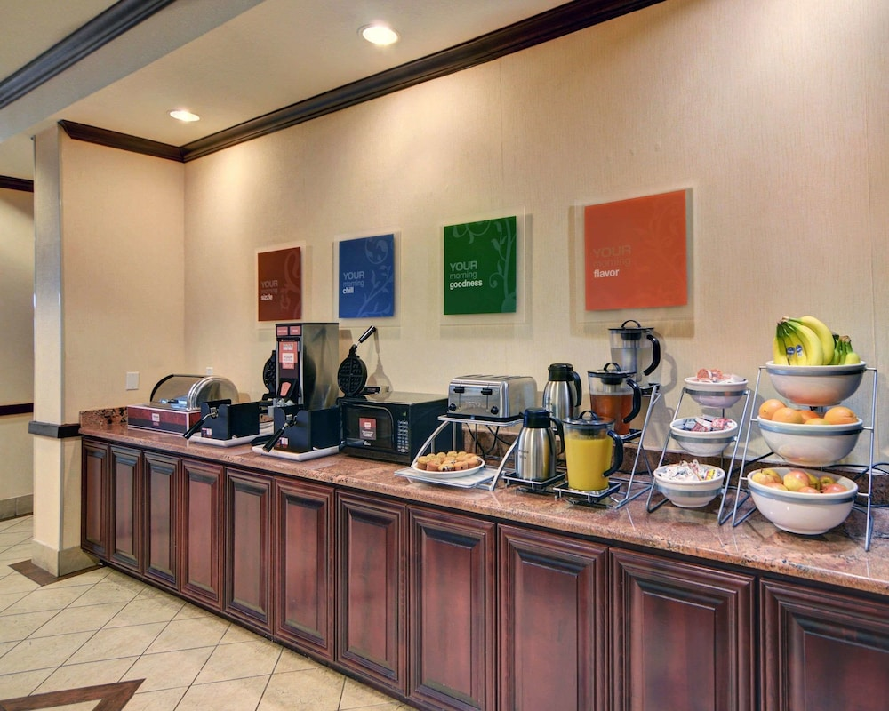 Breakfast Area, Comfort Suites Fort Worth South