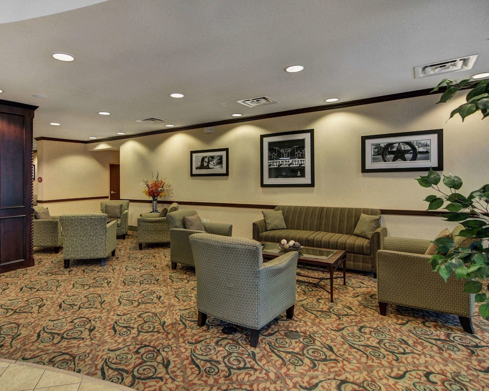 Lobby, Comfort Suites Fort Worth South