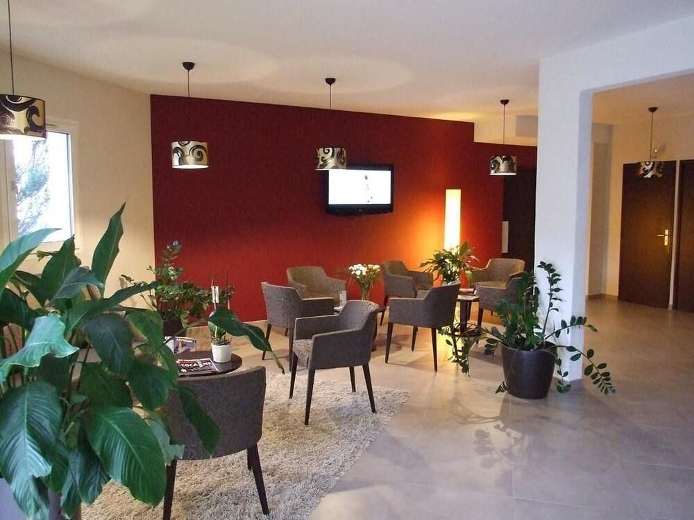Hotel Inn Design Chambery La Ravoire In Aix Les Bains