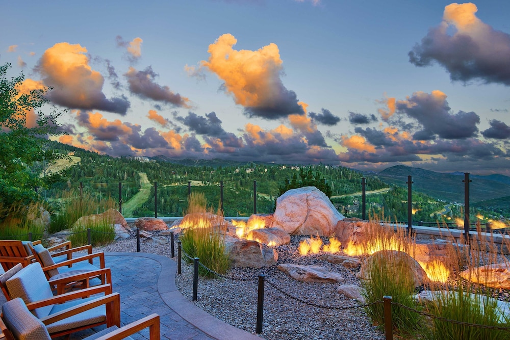 Property Grounds, The St. Regis Deer Valley