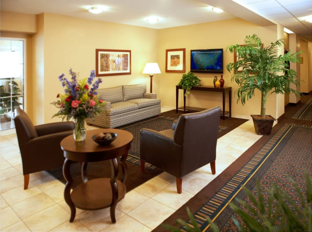Lobby, Candlewood Suites League City, an IHG Hotel