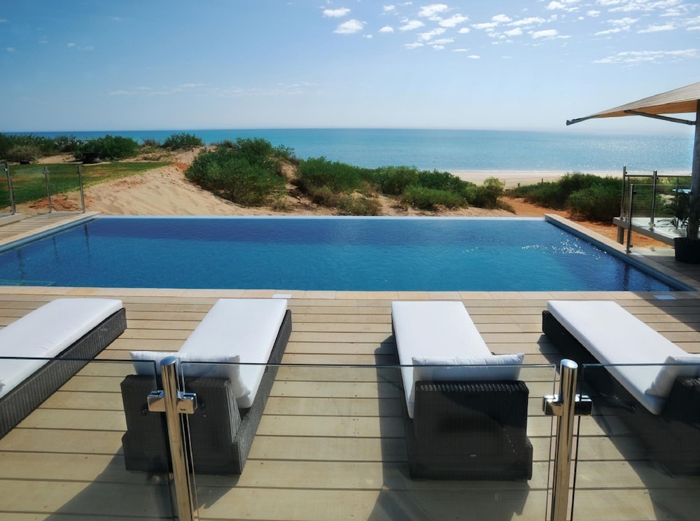 Ramada Eco Beach Resort Reviews
