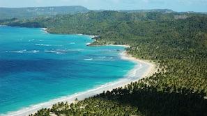Nær stranden, fridykking og snorkling