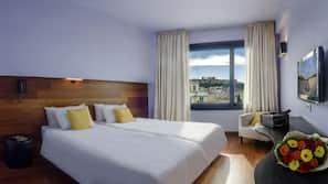 Egyptian cotton sheets, premium bedding, down duvets, pillow-top beds