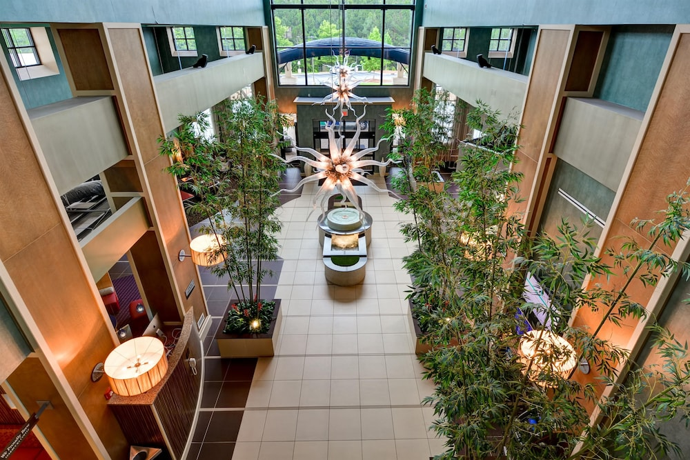 Lobby, Embassy Suites Raleigh-Durham Airport/Brier Creek